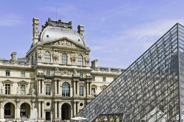 louvre_pyramide1